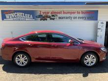 2016 Chrysler  2016 CAR LOW KMS NEW! NEW! NEW!