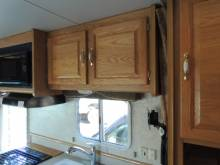 2005 Ford  WOW THIS IS REALLY HARD TO FIND 22FT REA