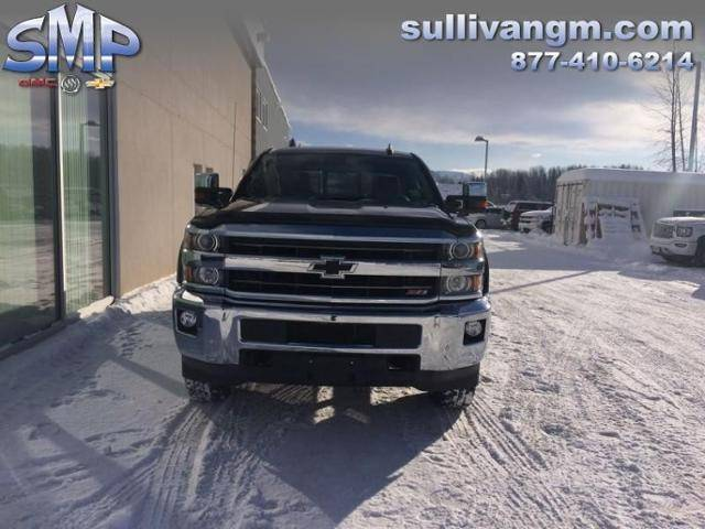 2016-Chevrolet-Silverado-3500HD-