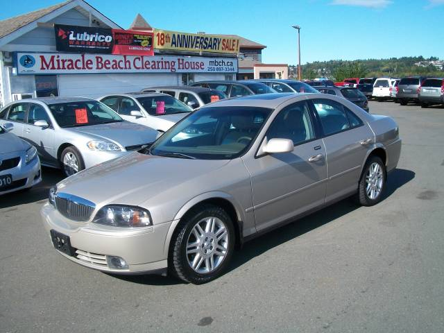 2004-Lincoln-LS-