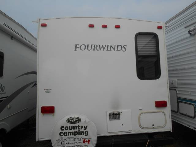 2011-Dutchmen-Four-Winds-Bunkhouse-