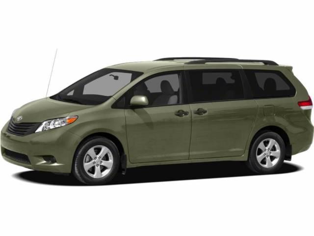 2012-Toyota-Sienna-