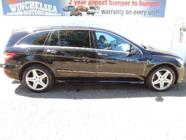 2012-Mercedes-Benz-R-Class-