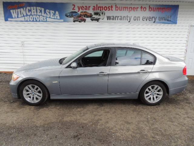 2008-BMW-323I-