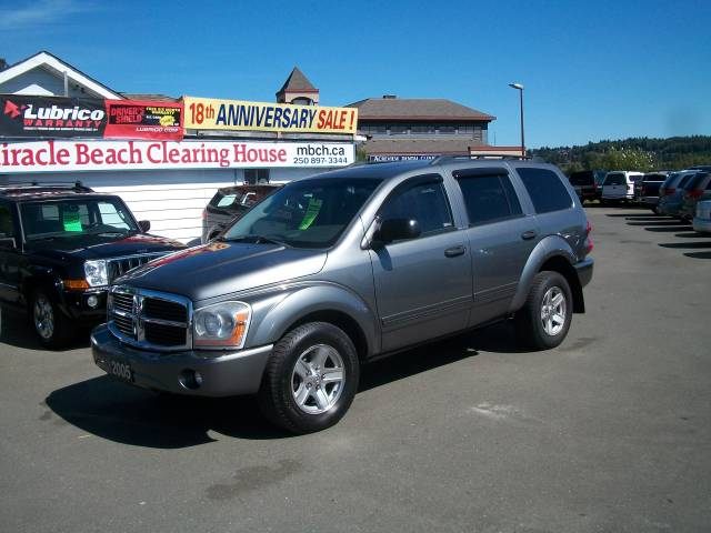 2005-Dodge-Durango-