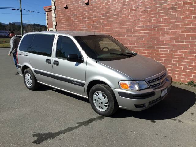 2004-Chevrolet-Venture-