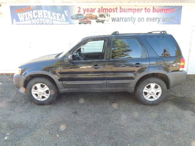2004-Ford-Escape-