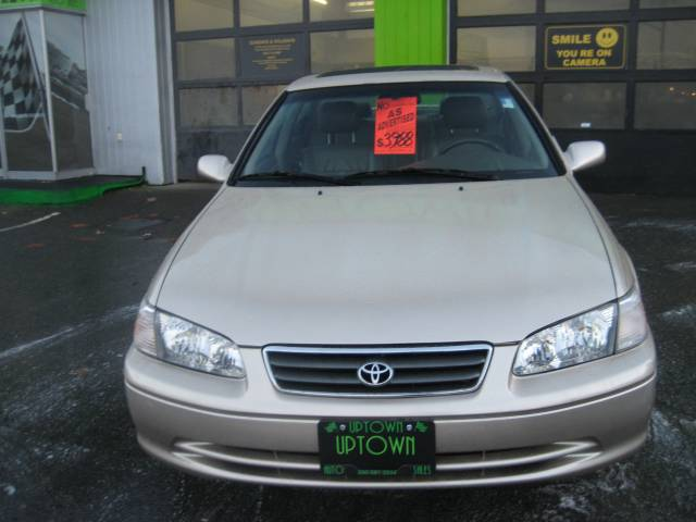 2000-Toyota-Camry-