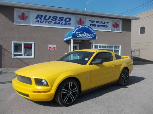 2005-Ford-Mustang-