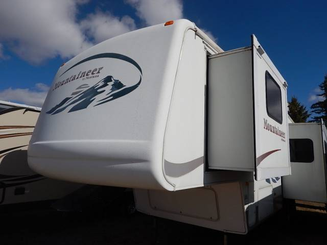 2005-MOUNTAINEER-297RKS-