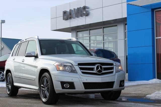 2011-Mercedes-Benz-GLK-Class-