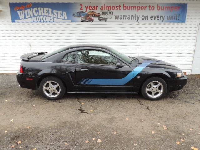2004-Ford-Mustang-