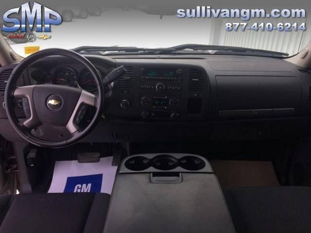 2012-Chevrolet-Silverado-1500-