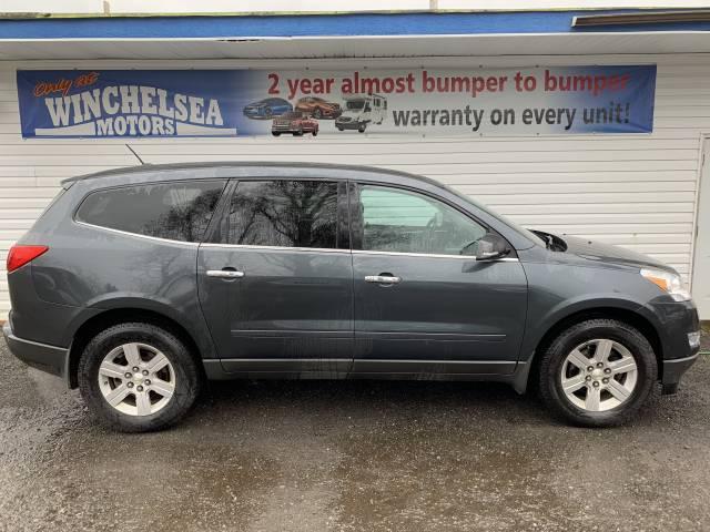 2010-Chevrolet-Traverse-