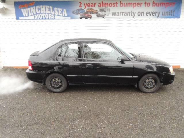 2001-Hyundai-Accent-