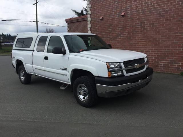 2004-Chevrolet-Silverado-2500-