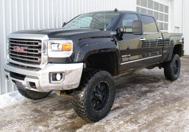 2015-GMC-Sierra-3500HD-