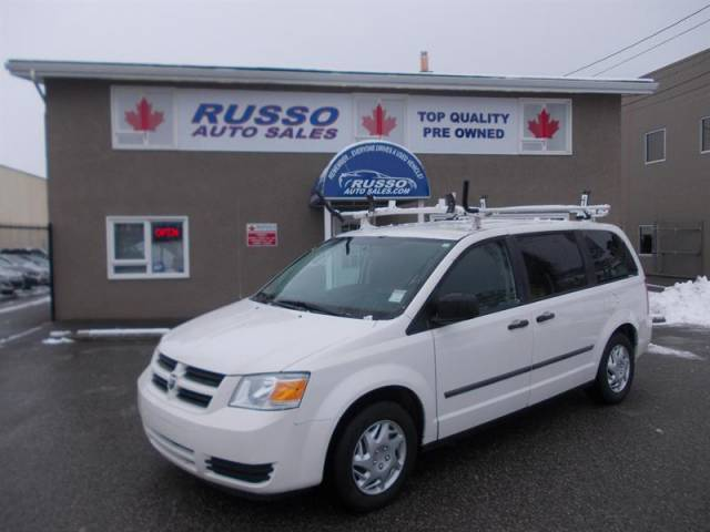 2010-Dodge-Grand-Caravan-