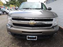 2009 Chevrolet   LTZ ONE OWNER ISLAND TRUCK NO ACCIDENTS