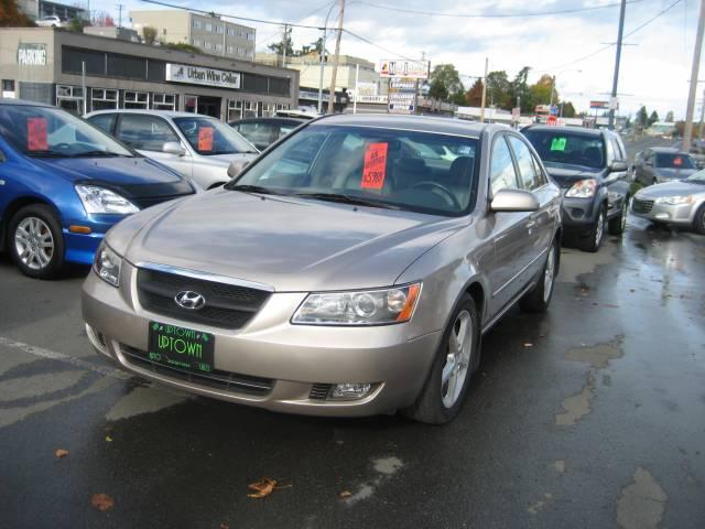 2006-Hyundai-Sonata-