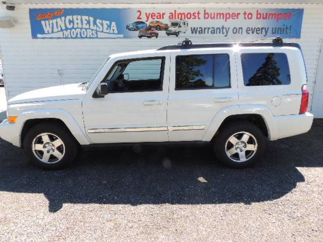 2010-Jeep-Commander-