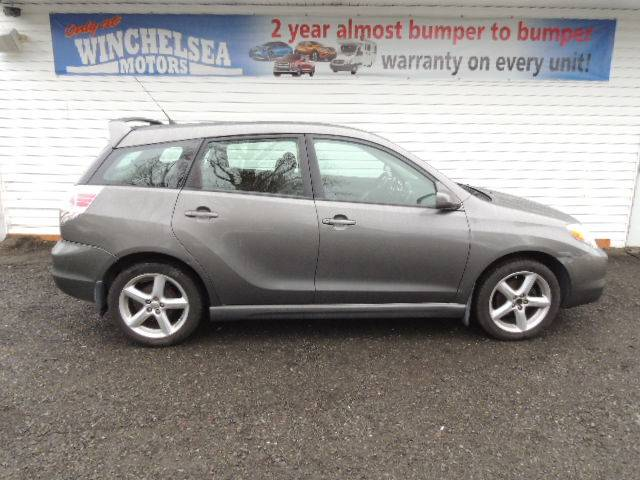 2005-Toyota-Matrix-