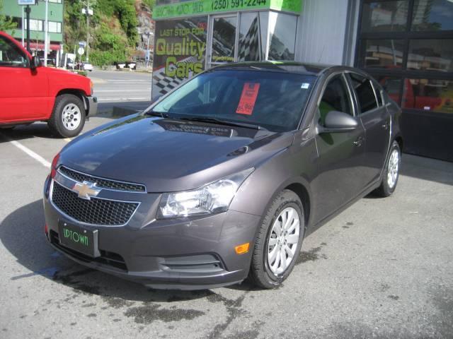 2011-Chevrolet-Cruze-